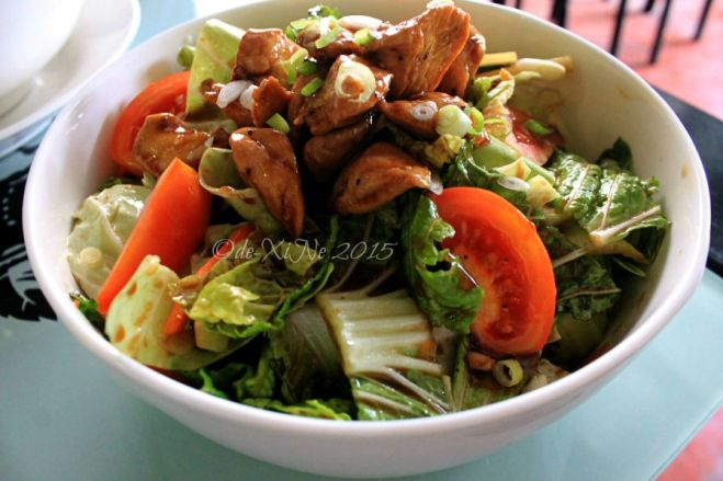 2015-08-05 Baguio Noodle King Eatery Asian chicken salad