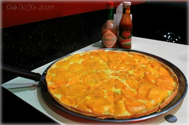 2015-08-25 Baguio Future Diner mango blast pizza flying saucer