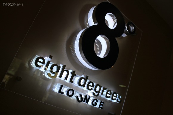 8 Degrees Lounge sign