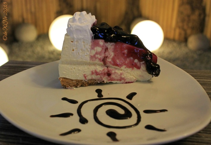 Citylight Hotel blueberry cheesecake