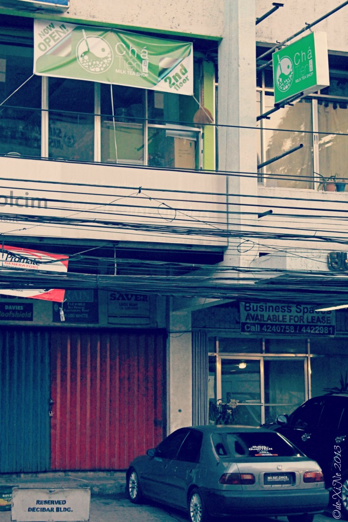 Cha Tien Tea Shop in Decibar Building