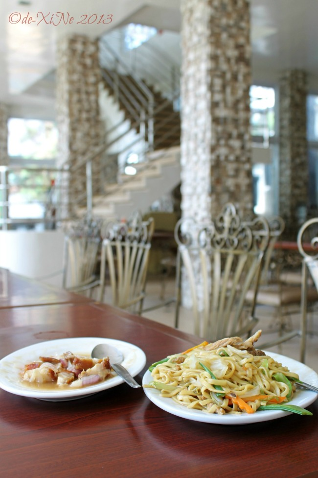 Jack's Grand View Hotel/Glass House Restaurant lechon guisado and special miki