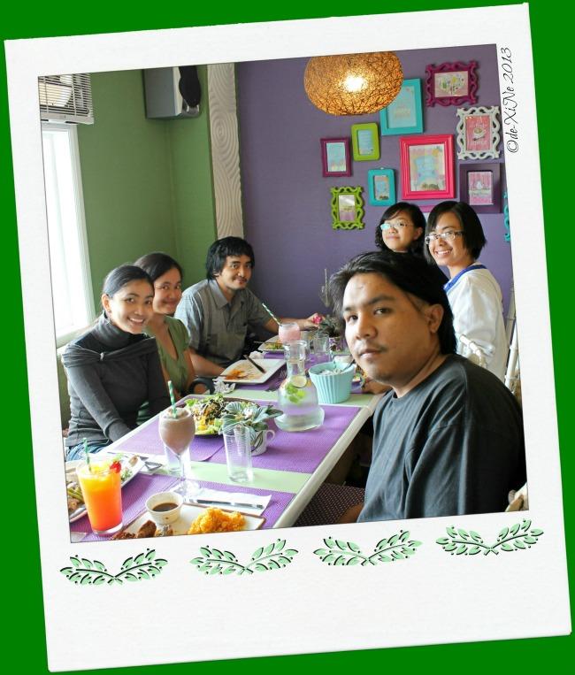 Sage Restaurant diners