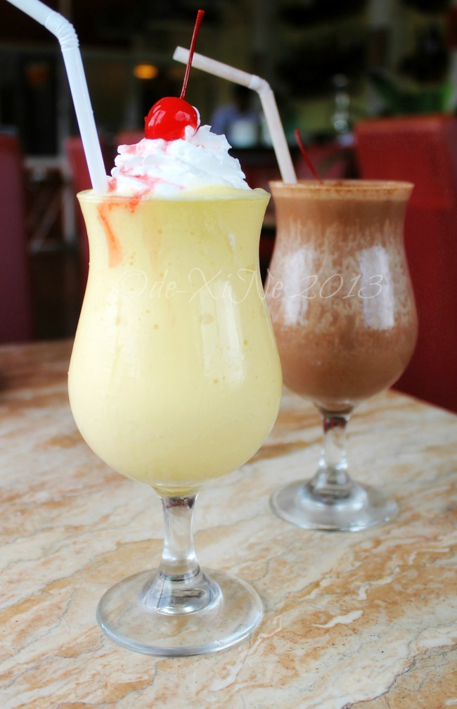 Te Quiero Tapas Bar and Restaurant choco-banana shake and mango-orange smoothie