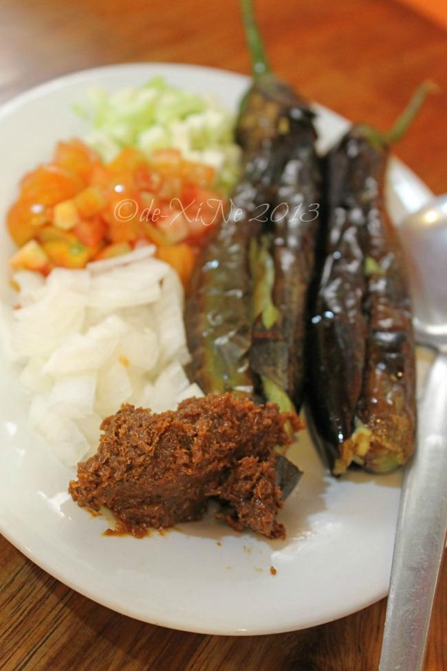 Beggang Resto Grill ensaladang talong with mangga/eggplant and mango ensalada