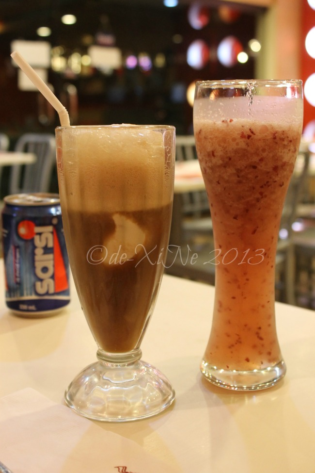 Pancake House (CJH Ayala Technohub) grape apple shake and rootbeer float