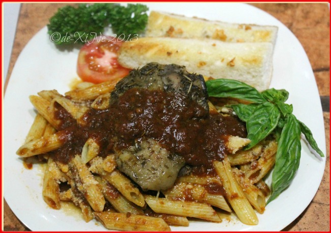 Alfoncito's Place Baguio penne in fresh tomato sauce with roasted chicken