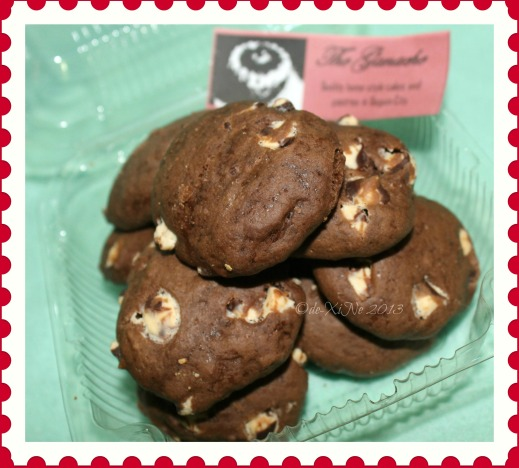 The Ganache Baguio double choco chip cookies