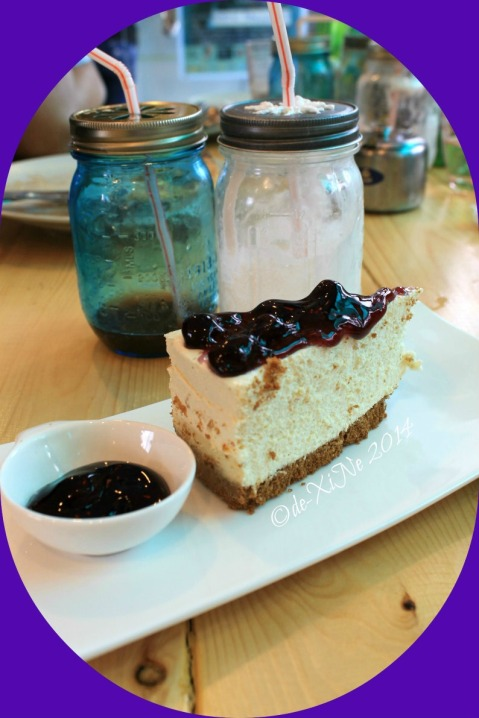 Grumpy Joe Baguio blueberry cheesecake