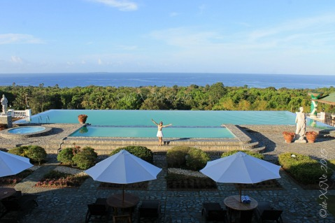 Bohol Peacock Garden Hotel infinity pool and sea view 2015