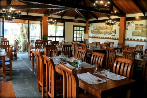 indoor dining at Baguio La Parilla Cafe and Grill at Inn Rocio 2015