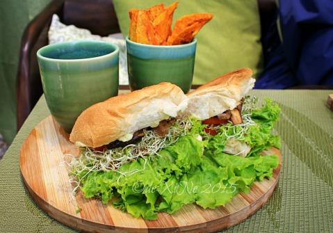 2015-05-12 Baguio Tsokolateria  panini pandesal