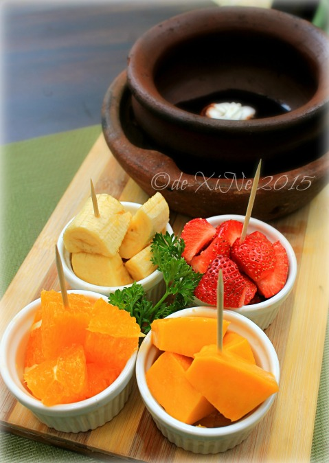 2015-05-12 Baguio Tsokolateria  Pinoy tsokolate ah fondue with fruits in season