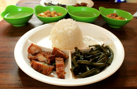 Baguio Ramanam eatery budget meal of lechon kawali, adobong sitaw and picadillo 2015