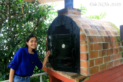 Baguio Foggy Mountain Cookhouse wood fire brick oven 2015