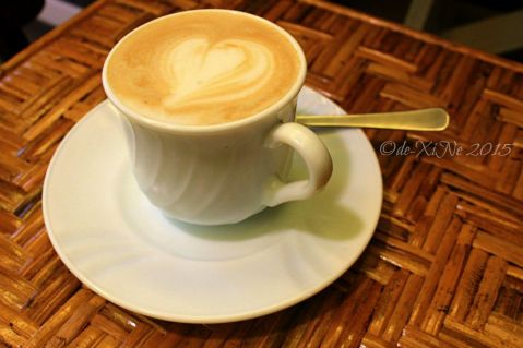 Baguio Cafe de Angelo Coffee Bar in St. Patrick Village cafe latte 2015