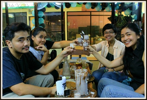 2015-11-10 Baguio Pandora's Box Tavern Cafe a toast