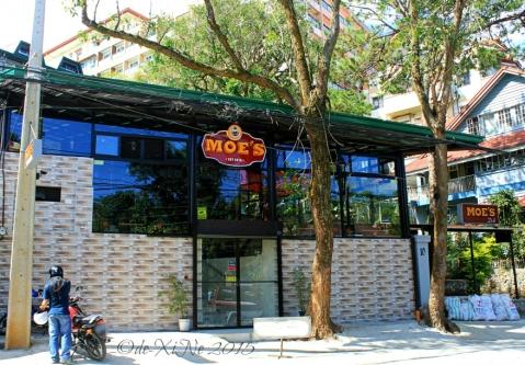 Baguio Moe's Outrageous Resto Deli facade 2015