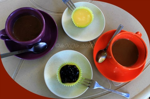 2016-03-09 Baguio Manna Garden Cafe Kharis Cafe and Bakeshop mini cheesecakes coffee Americano and Tablea hot choco