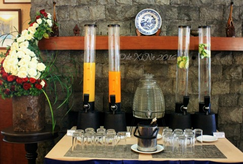 drinks station at Baguio Voyager Restaurant at El Cielito Inn (13)