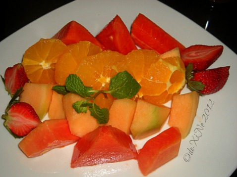 2012-02-19 Baguio Bay Leaf Restaurant by Cris d Cuisine (3) fresh fruits