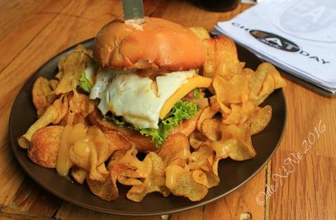 2016-05-23 Baguio Cheat Day Resto garlic Cabanatuan burger