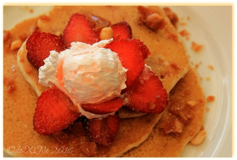 2016-06-11 Baguio Pancake House Sm strawberry brittle pancake