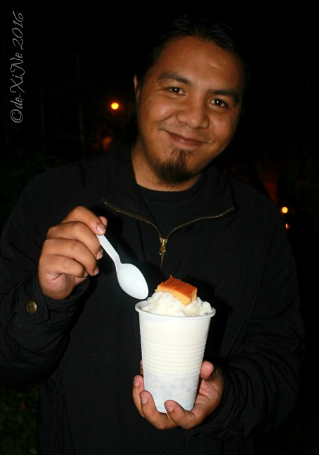 2016-06-12 Baguio Blue Tent Burgers and Shakes Race and his nighttime halo halo