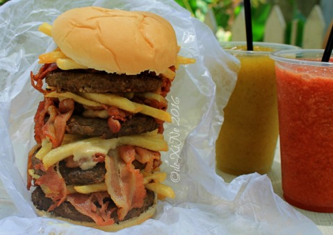 2016-07-26 Baguio Blue Tent Burgers and Shakes colossal bacon burger