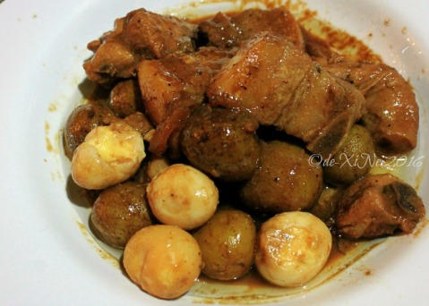 2016-07-29 Baguio Bay Leaf Restaurant by Cris d Cuisine chicken and pork adobo short order size