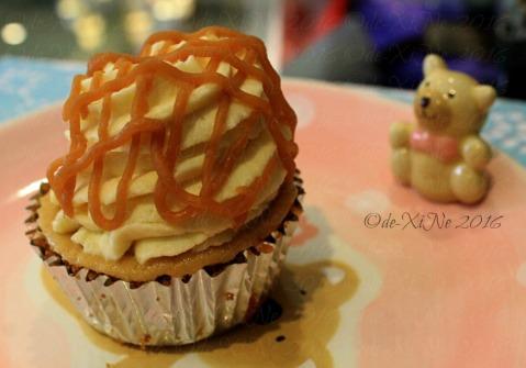 Baguio Vanilla Cupcake Bakery at Kamiseta Hotel salted caramel cheesecake cupcake