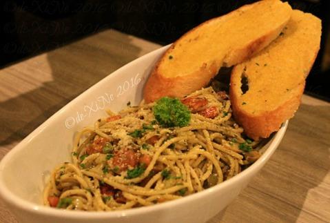 La Trinidad metro Baguio The Loft Restobar vegetarian pesto pasta