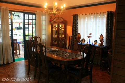 2016-12-09-baguio-le-coq-floral-touch-of-provence-in-city-of-pines-7 Dining room