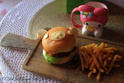 Baguio Lolita Bistro Cafe Kiiroitori burger