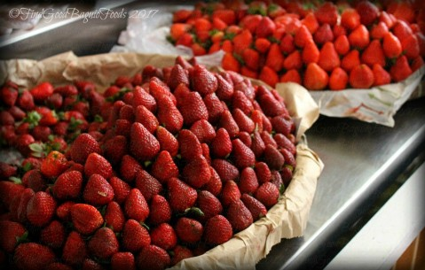 Baguio SM City 2017 fresh strawberries