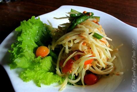 La Trinidad metro Baguio Exousia Chari Diner som tum Thai salad 2017