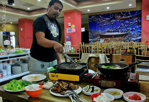 Race on grilling duty at Baguio Korean Manor Buffet 2017