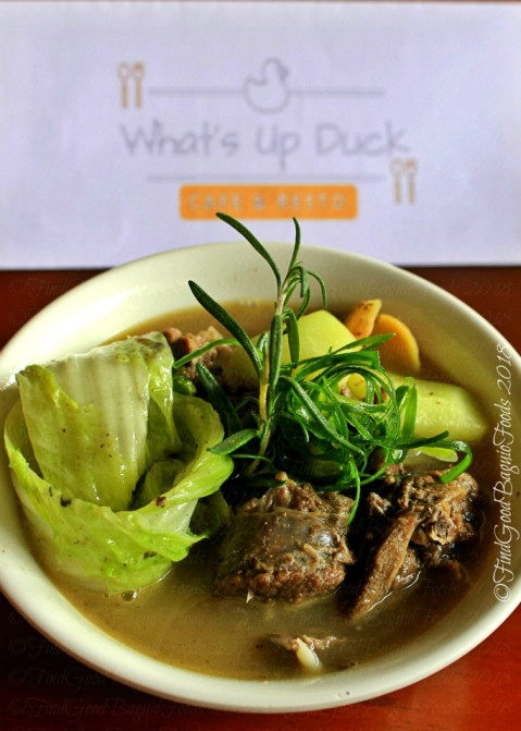 Baguio What's Up Duck Cafe & Resto pinikpikang pato 2018