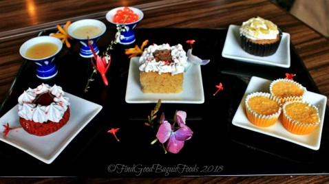 Baguio The Flower Cafe at Villa Romana Hotel dessert sampler with extra sauces (white choco and cheesecake sauce) and popping boba 2018