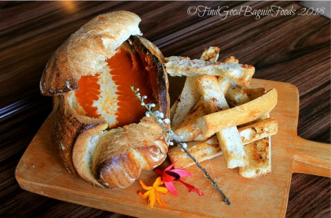 Baguio The Flower Cafe at Villa Romana Hotel tomato soup in a bread bowl 2018