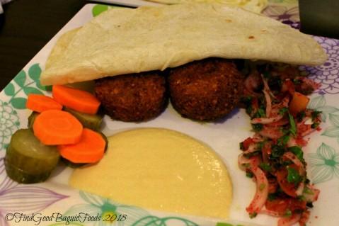 Baguio Elshabab Restaurant (Araby Restaurant) falafel sandwich 2018